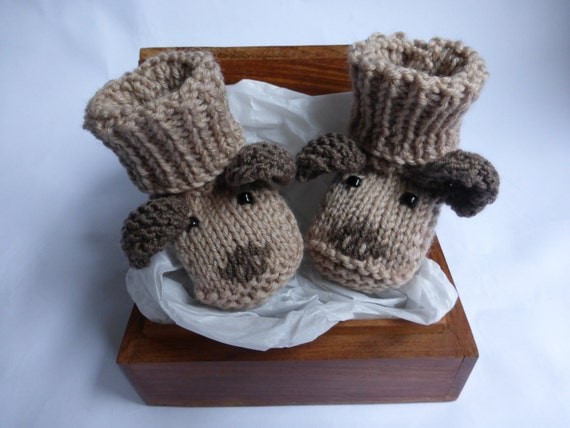 Knitting Pattern For Dog Socks : Baby Booties KNITTING PATTERN Puppy Dog Baby Booties PDF