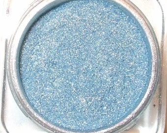 RAIN Mineral Eye Shadow 3 Grams or 5 Grams Sky Blue