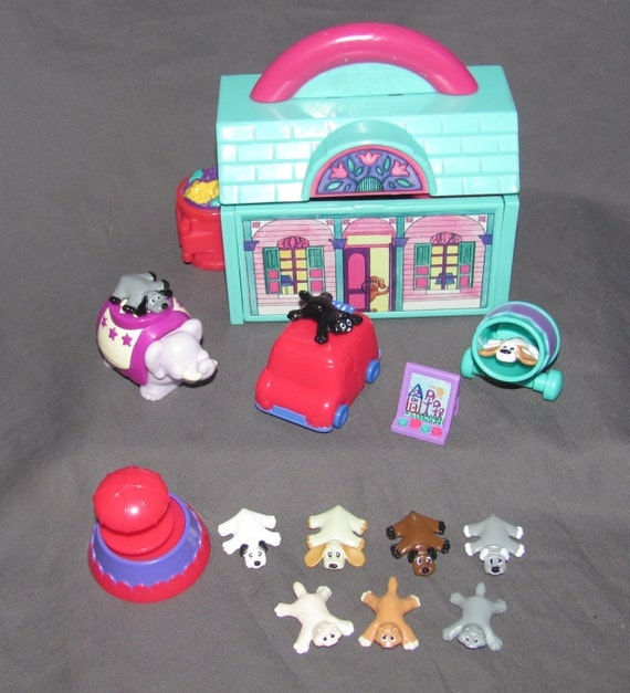 Dog And Puppies Playset