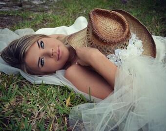 Ivory- Bride-Cowgirl wedding hat-Western wedding-cowgirl wedding-white cowgirl hat-cowgirl bachelorette-rustic wedding-Bridal cowgirl hat