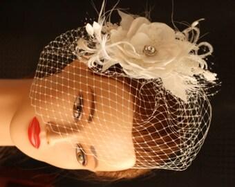 Ivory Wedding Birdcage Veil. Bridal Hair Flower, Wedding Hair Accessories, Wedding Hair Flower Comb, Feathers, birdcage veil