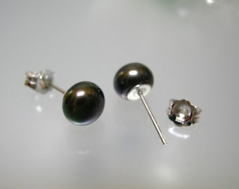 7mm Black Cultured Pearl Earrings with 925 sterling silver post