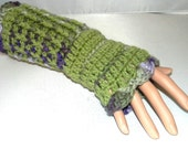 Crochet Fingerless Gloves - Green Multi