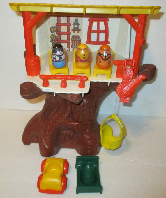 Vintage Winnie The Pooh Hunny Treehouse With 3 Weebles Car