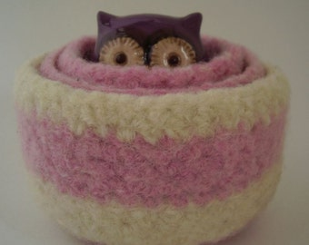 felted  wool  bowls 3  nesting containers berry & cream