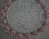 Spring Flower Oval Doily/ Centerpiece / Easter / Mothers day