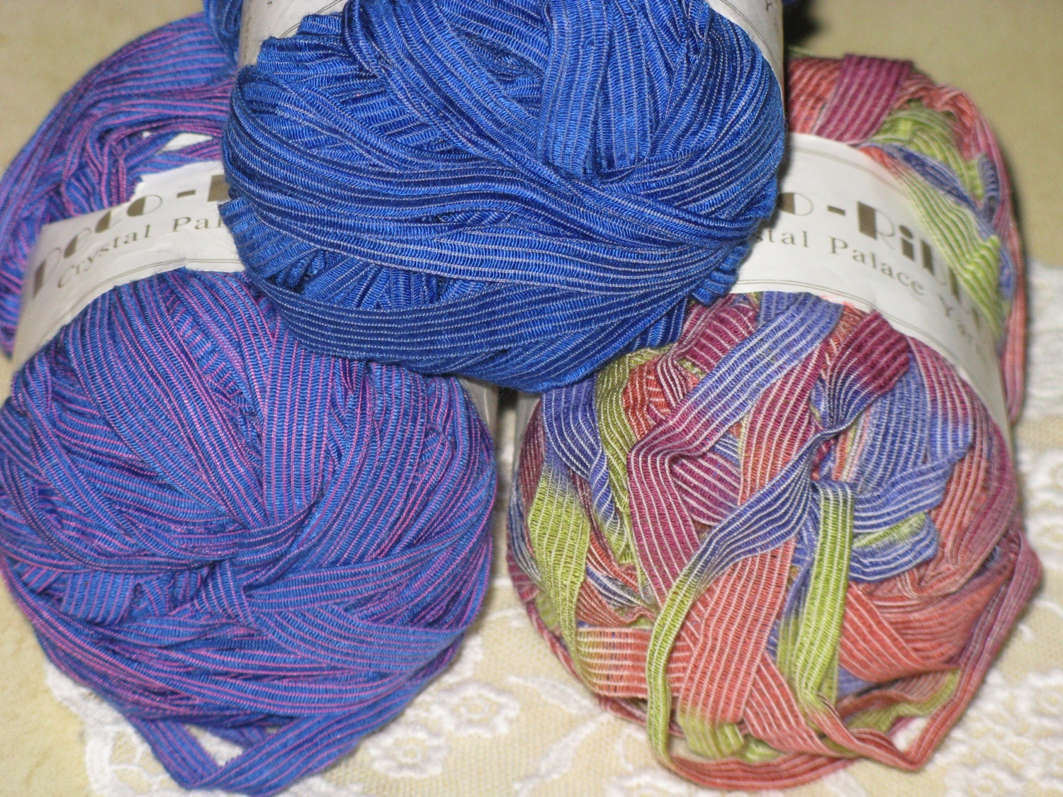 Novelty Yarn : Deco Ribbon Yarn Novelty Variegated Blue Magenta by corgipal