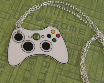 FAULTY STOCK -  Girl Gamer Xbox 360 Video Games Controller Necklace XBOX360