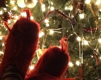Kids RED  Grinchy Feet  size 1/2 (8inches)