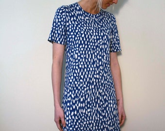 Jersey Print Dress with Short Sleeves - Blue and White Viscose Jersey