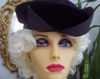 Vintage 1950s Christine Originals Black Felt Hat