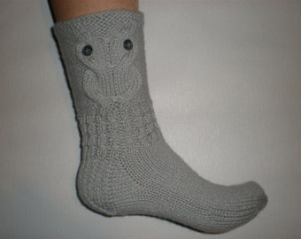 Hand-knitted light grey color women socks with owl pattern