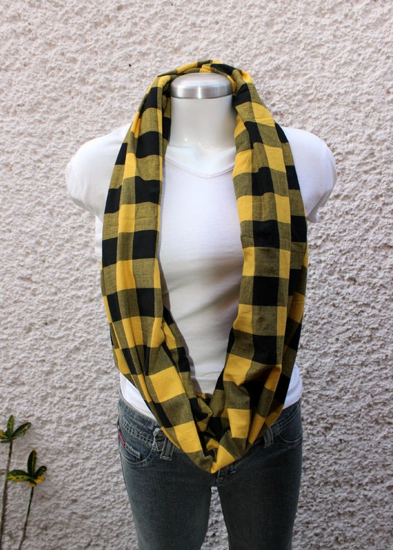 Unisex Infinity scarf, cowl, scarf,  checkered cotton 100% black and yellow, lightweight,EXTRA WIDE.