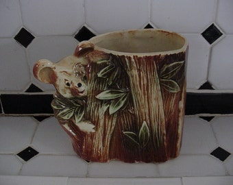 McCoy Pottery Planter Brown Bear
