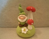 Garden Gnome and Mushroom Pair - Figurine
