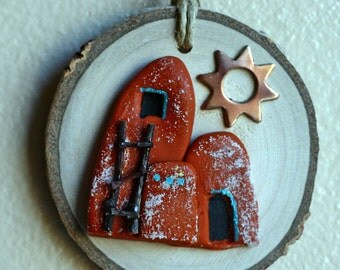 Little Mexican clay adobe houses on wood slice, birch, mixed media, found item, round art, terra cotta, Gila Mountains, cliff dwellers