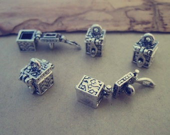 6pcs of Antique silver Treasure box charm pendant  8mmx9mm