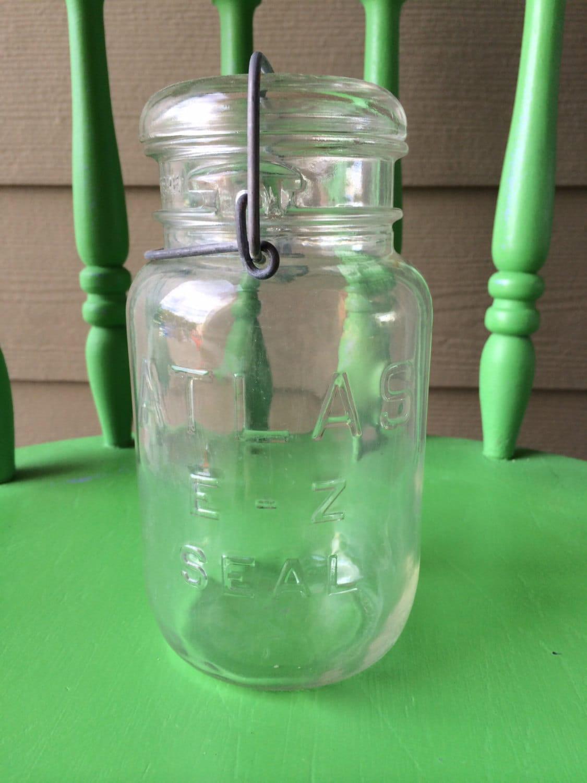 vintage atlas quart size mason jar with glass lid. Black Bedroom Furniture Sets. Home Design Ideas