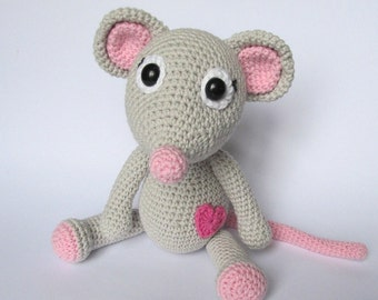 Mouse Tili in Love - Amigurumi Crochet Pattern / PDF e-Book / Stuffed Animal Tutorial