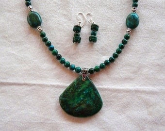 18 Inch Dark Green Chyrsocolla Necklace with Pendant and Earrings