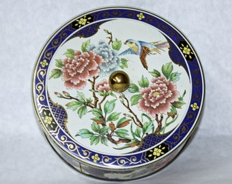 Vintage Collectible, Oriental Art, Deco Round tin, Daher, Made in England.