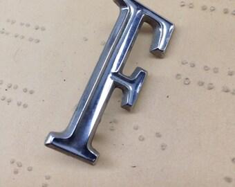 Small metal F pendant charm - vintage car letter - classic auto emblem