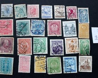 25 Vintage Stamps from Austria (lot 44)