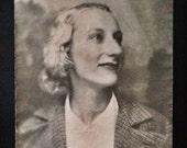Large Original Antique Photograph Gorgeous Portrait of Violet
