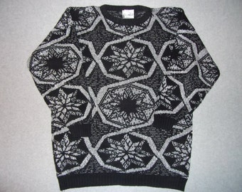 Vintage 80s 90s Nordic Snowflakes Black and Silver Sweater Snow Tacky Gaudy Ugly Christmas Party X-Mas Ellen D Made In USA XL Extra Large 2X