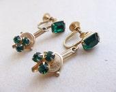 vintage screw back earrings of square cut emerald rhinestones/winter christmas wedding earrings