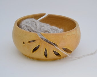Double Yarn Bowl, Tan Hand Carved Knitting Bowl, Wheel Thrown Clay Yarn Organizer , Gift for Knitter, Made to Order