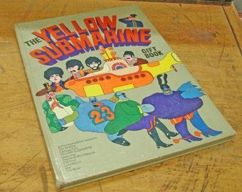 The Beatles Yellow Submarine Gift Book 1968