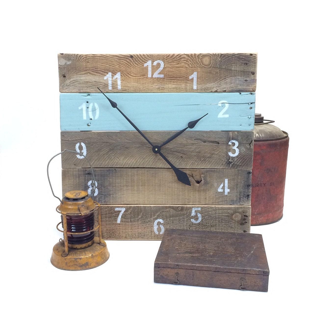 LARGE Reclaimed Pallet Wood Wall Clock by fieldtreasuredesigns