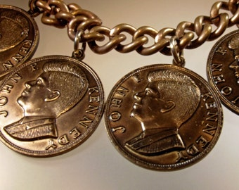 Bracelet Vintage Rare JFK Coin Charms with Silhouette Other Ask Not What Your Country Can do For You but What You Can do for Your Country