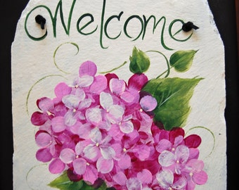 Red Violet Hydrangea Welcome Slate
