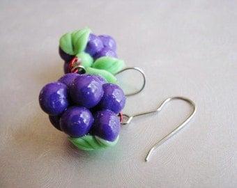 Grape Cluster Earrings - Purple Earrings - Vintage Grape Dangle Earrings