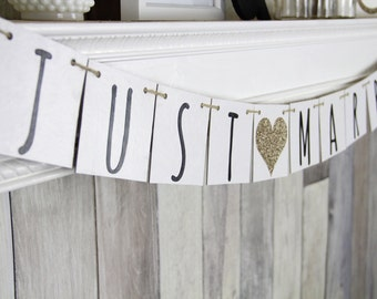 JUST MARRIED Banner - Wedding Decoration - Modern Car Sign
