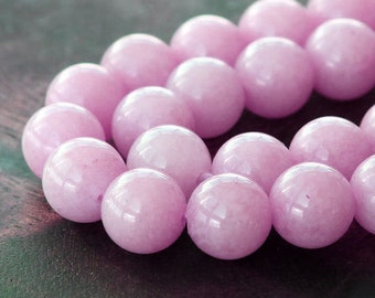 Mountain Jade Beads, Pale Mauve, 10mm Round - 15 Inch Strand - eMJR-P23-10