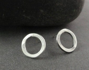 Sterling Silver Circle Posts Ear-314