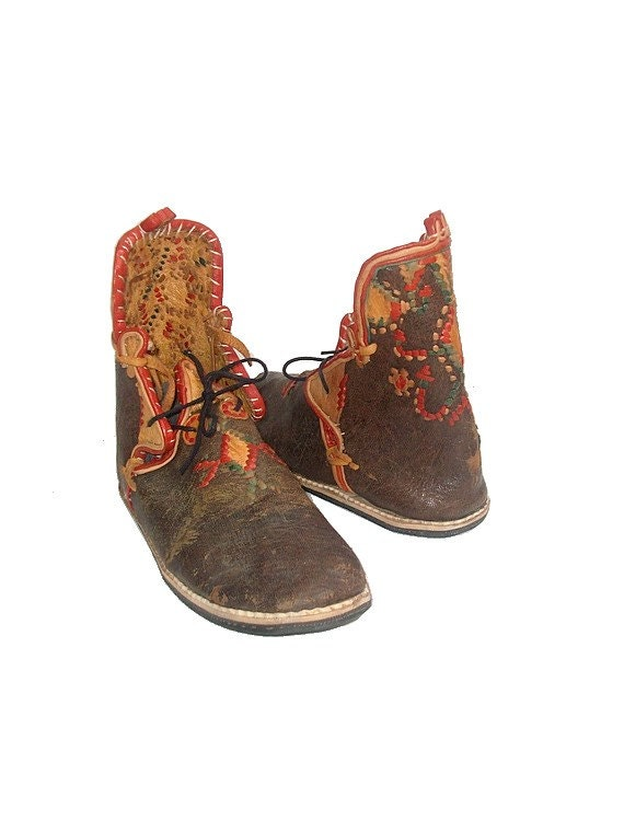 moroccan leather shoes embroidered ethnic festival