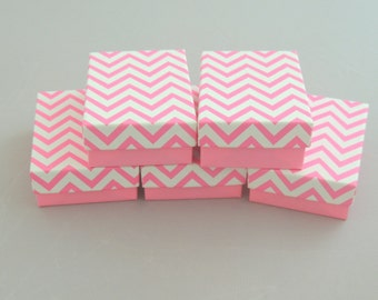 10 Hot Pink Chevron Cotton Filled Jewelry Presentation Gift Boxes size 3.25 x 2.25 , Non tarnishing Cotton filled chevron design Ring Boxes