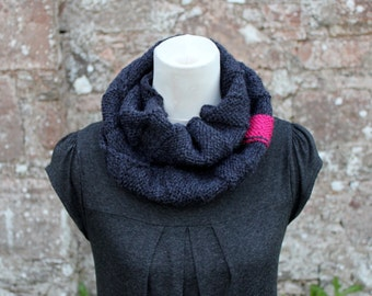 KNITTING PATTERN - Charcoal and raspberry infinity scarf womens- Listing114