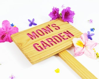 MOM'S GARDEN Cedar Wood Sign, Oil Sealed: Hand Routed, Personalized Garden Sign, Custom Name
