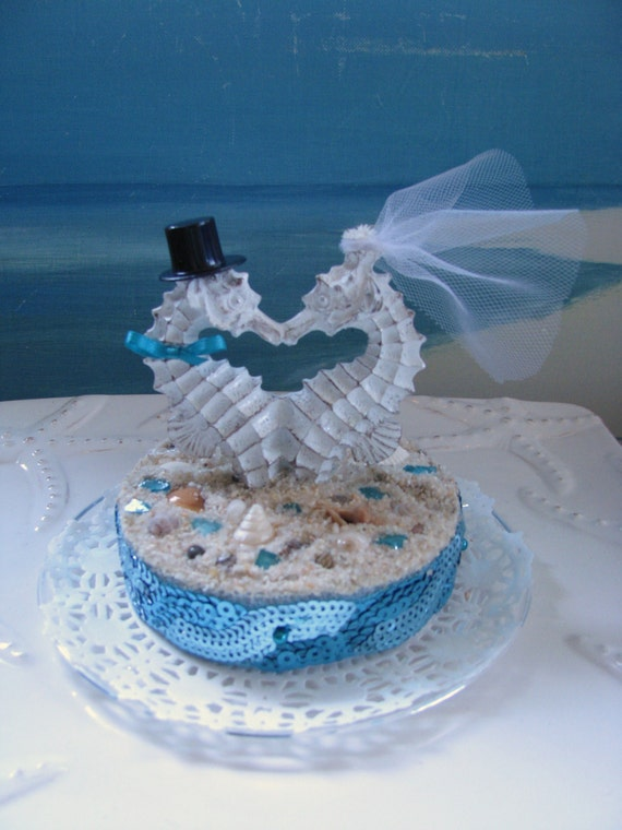 seahorse seashell beach wedding cake topperdestination. Black Bedroom Furniture Sets. Home Design Ideas
