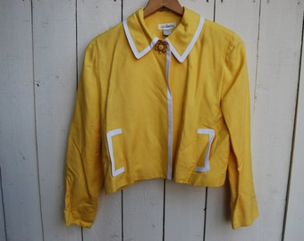 HOUSEWIFE Home Coat Yellow Jacket White Piping on Collar and Pockets Long Sleeve Blazer Top