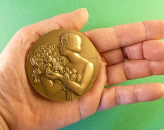 French Art  Medal bronze Vintage 1979 art deco Engraved by  Monnaie de Paris signed  P. Lenoir