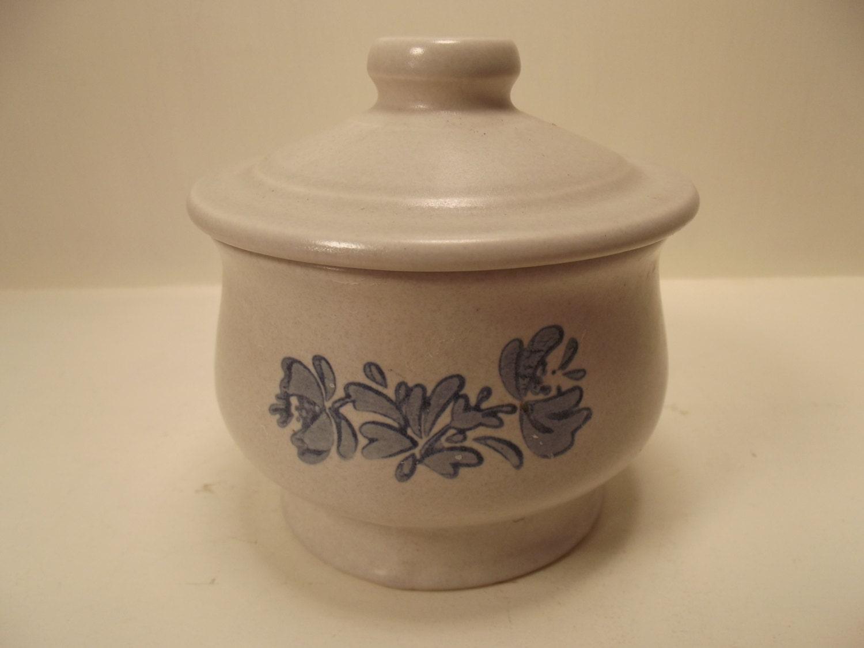 Vintage Pfaltzgraff Sugar Bowl With Lid Yorktowne Collection