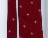 Vintage Florentino polyester red and white mens necktie