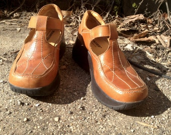 Warm Brown Chunky Mary Janes Leather Uppers 90s Club Kid Grunge size 6