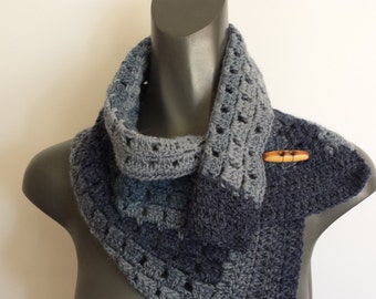 Popular items for mens cowl pattern on Etsy